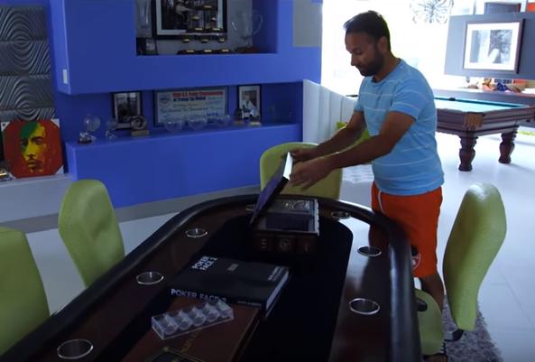 """La casa """"freak"""" de Daniel Negreanu, profesional del póquer"""