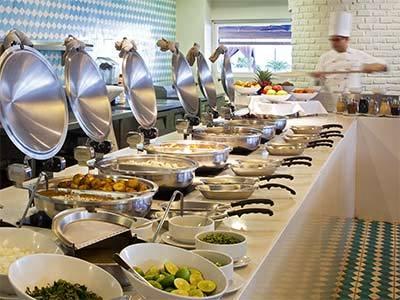 desayuno buffet de uno de los hoteles de Mazatlán